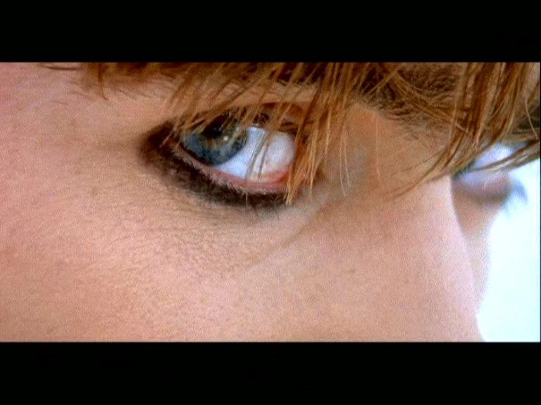 Видеоклипы Blur, The Universal